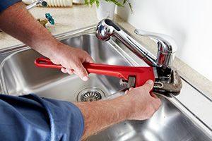 Thợ sửa ống nước ở tại quận 7